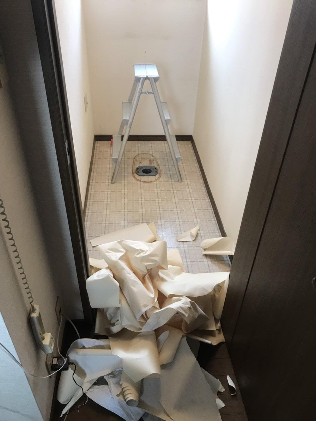 洋式トイレ交換(壁紙貼り替え)